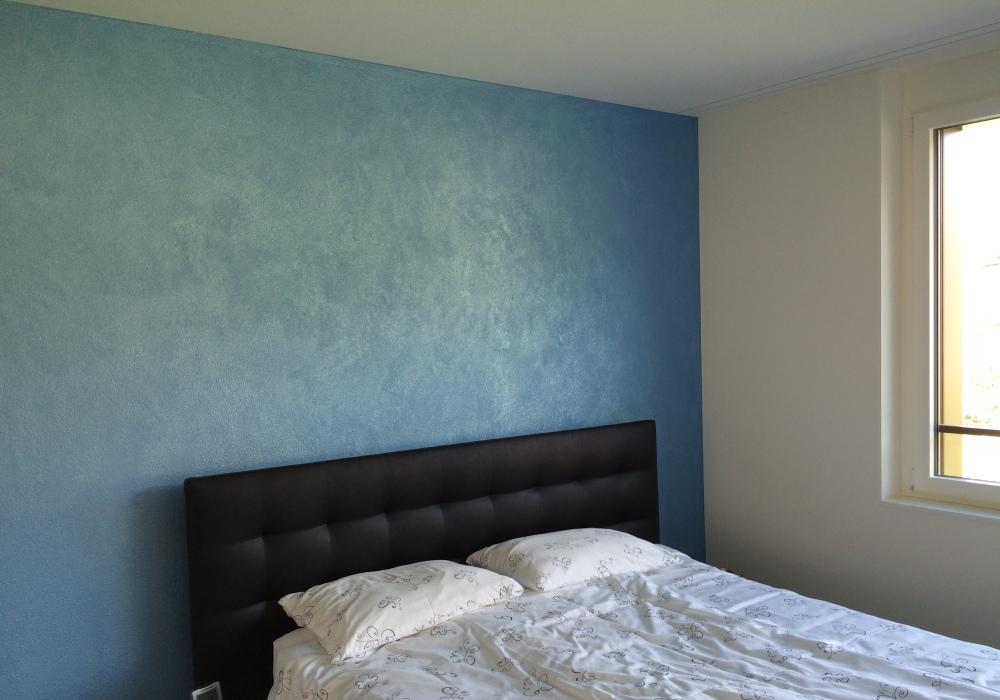 SWAHILI zanzibar-blue Schlafzimmer Wand Wohnung Pfäffikon SZ